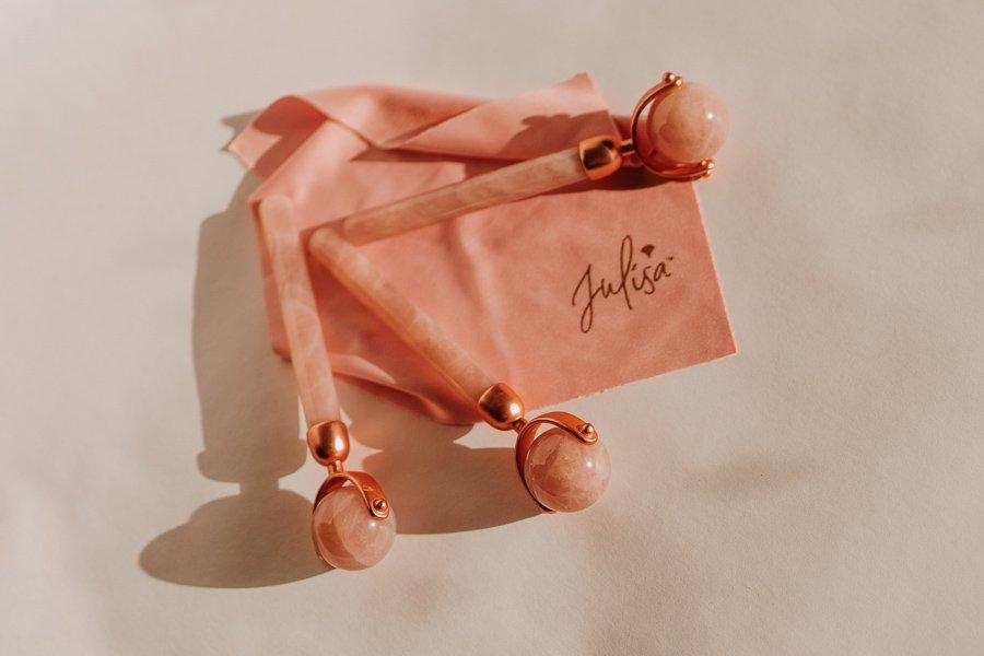 J-RO by Julisa 24K Gold Rose Quartz Face Roller Jade Roller | JULISA.co